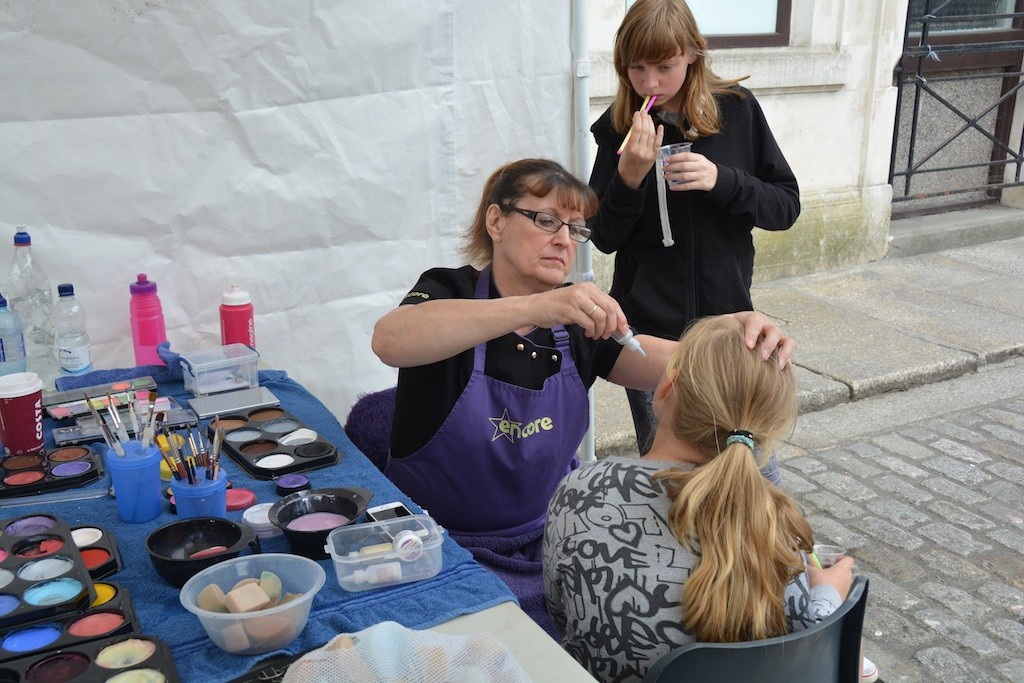 'Fun in the Square': face-painting