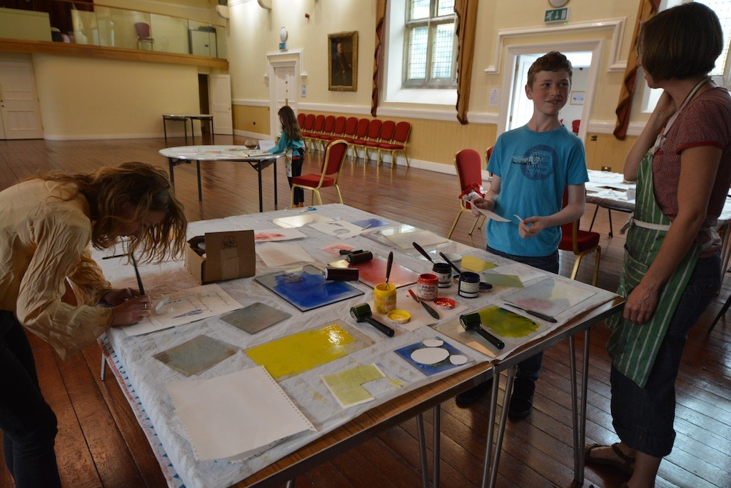 Swanskin: a screenprinting workshop in the Town Hall