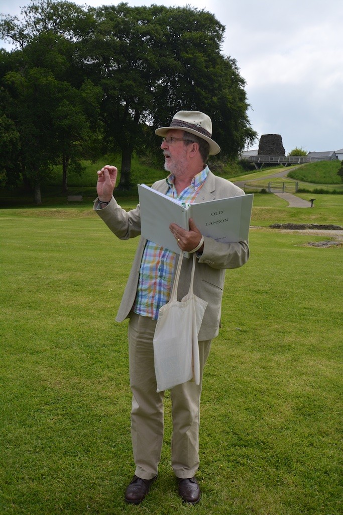 Rob Tremain makes a point about 'Old Lanson' at the Castle